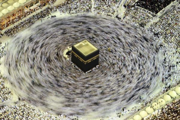 Muslims circle the Kaaba inside the Grand Mosque during the Muslim month of Ramadan, in Mecca September 4, 2010