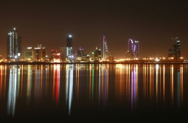 A view of the skyline of Manama at night October 20, 2010. REUTERS/Hamad I Mohammed (BAHRAIN - Tags: CITYSCAPE)