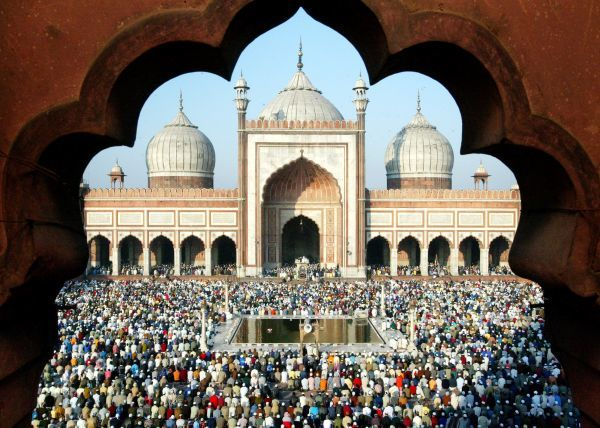 Muslims offer prayers at the famous Jama Masjid mosque on the ocassion of Eid al-Adha, in New Delhi February 2, 2004